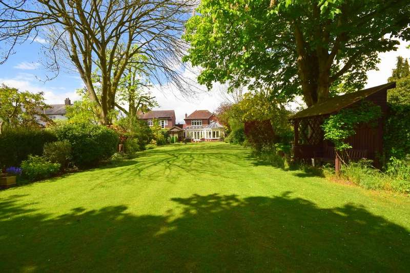 4 Bedrooms Detached House for sale in Chelmsford - Fenn Wright Signature