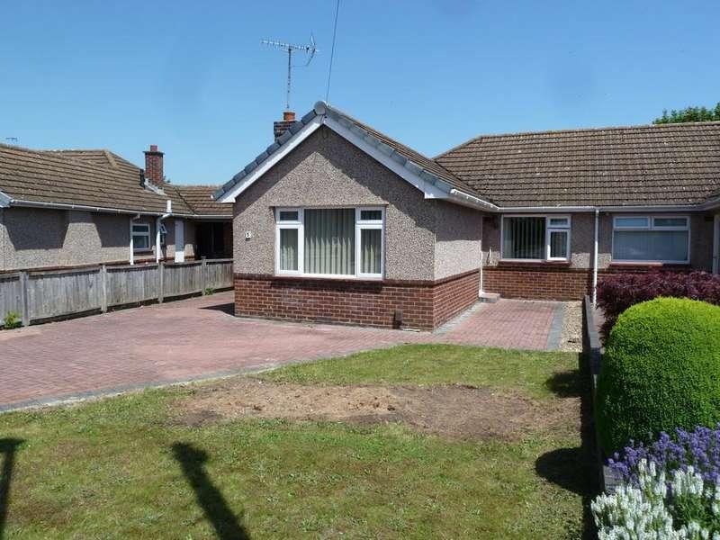 3 Bedrooms Semi Detached Bungalow for sale in Little Elmbridge, Longlevens, Gloucester, GL2