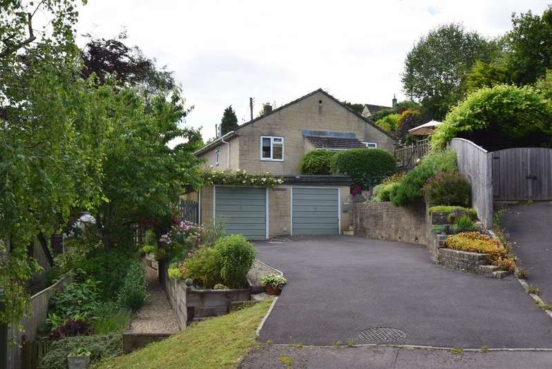 4 Bedrooms Detached House for sale in Chestnut Close, Nailsworth, GL6