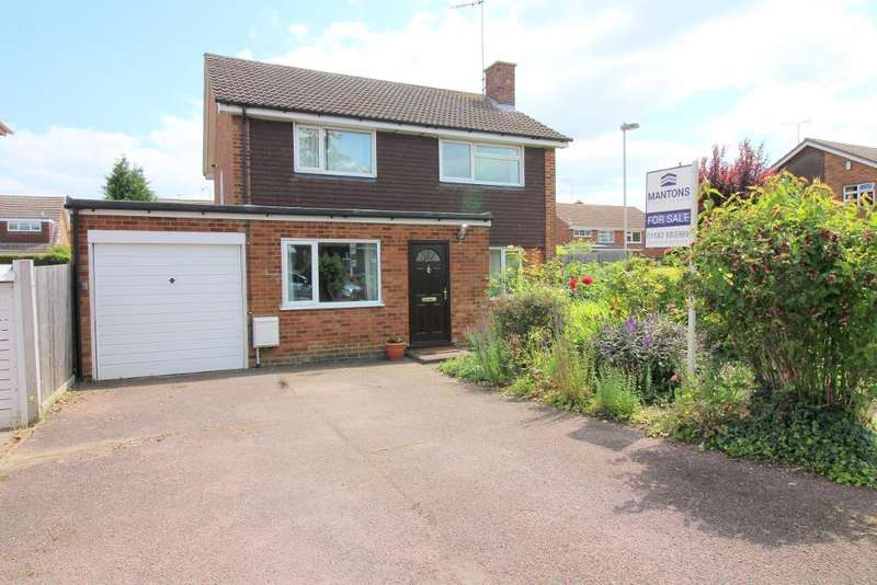 4 Bedrooms Detached House for sale in Turnpike Drive, Luton, Bedfordshire, LU3 3RF