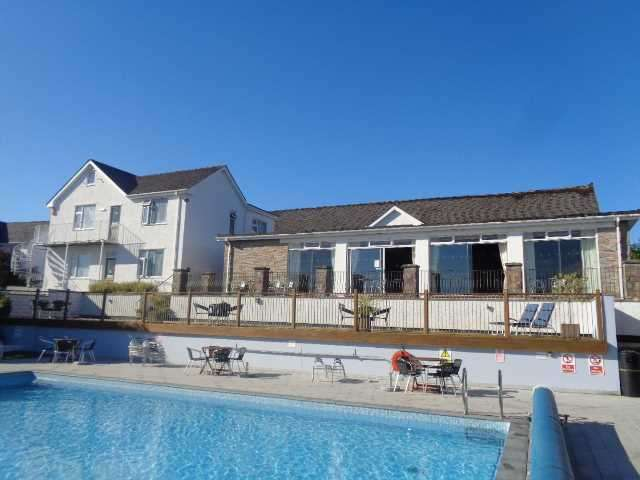 29 Bedrooms Commercial Property for sale in Merlewood Hotel, St. Brides Hill, Saundersfoot