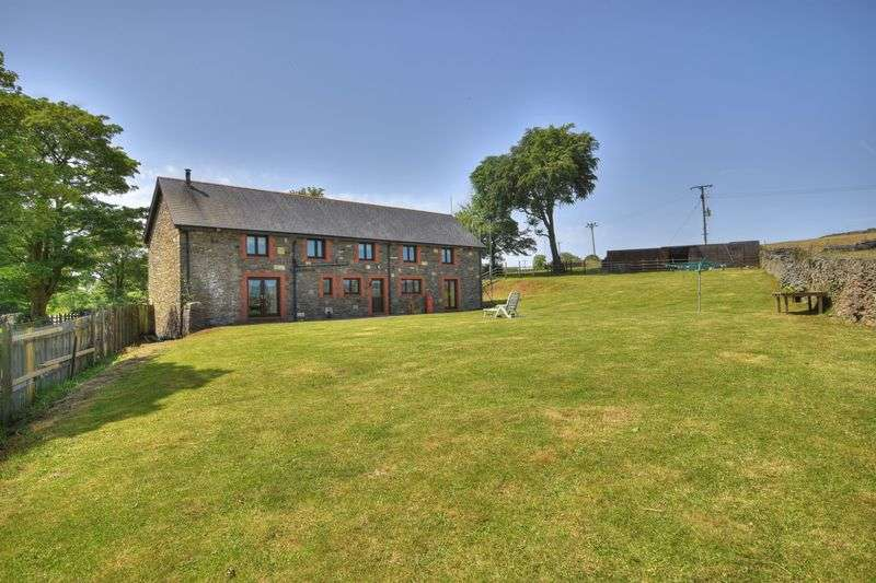 4 Bedrooms Property for sale in The Barn, Llanwonno Road, Mountain Ash