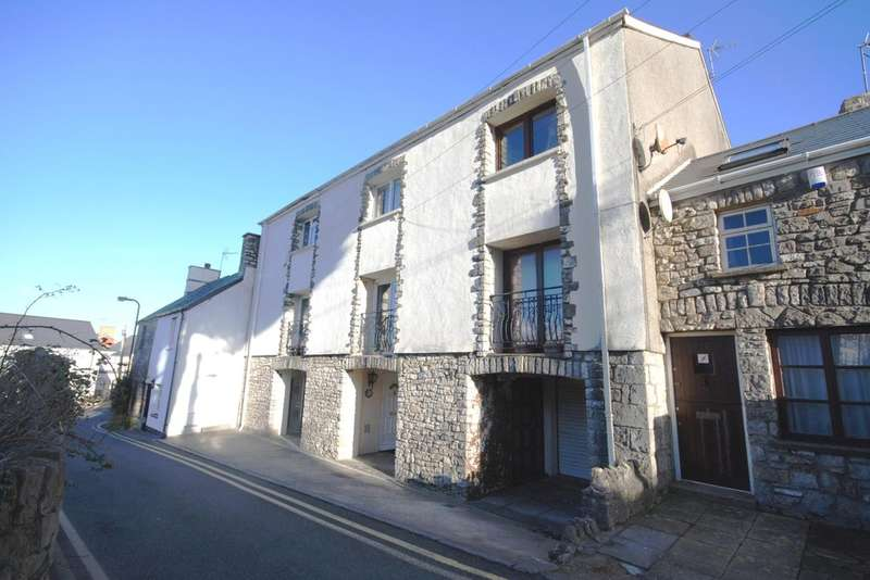 3 Bedrooms End Of Terrace House for rent in Old Chapel, The Limes