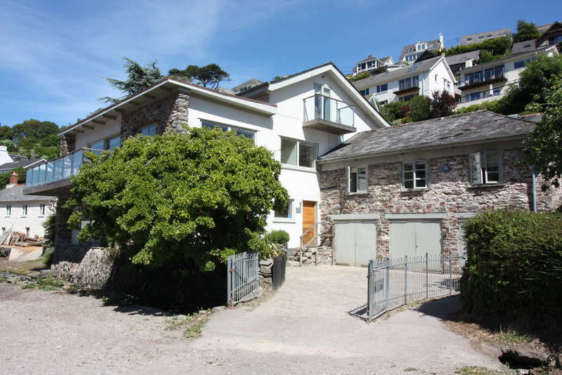 7 Bedrooms Detached House for sale in The Hard, NOSS MAYO, South Devon