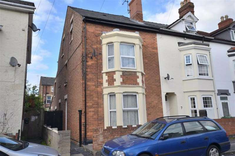 4 Bedrooms End Of Terrace House for sale in Archibald Street, Gloucester, GL1