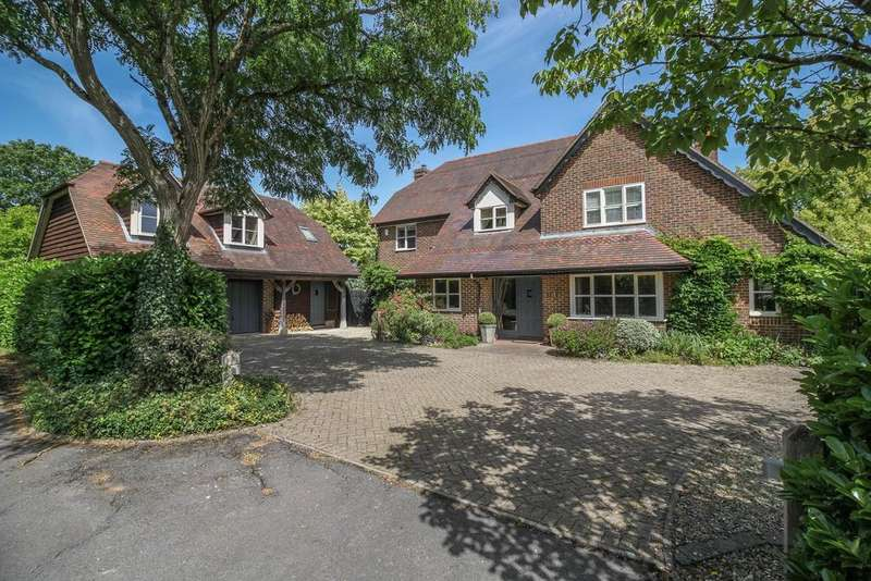 6 Bedrooms House for sale in Butts Green, Lockerley, Romsey, Hampshire SO51