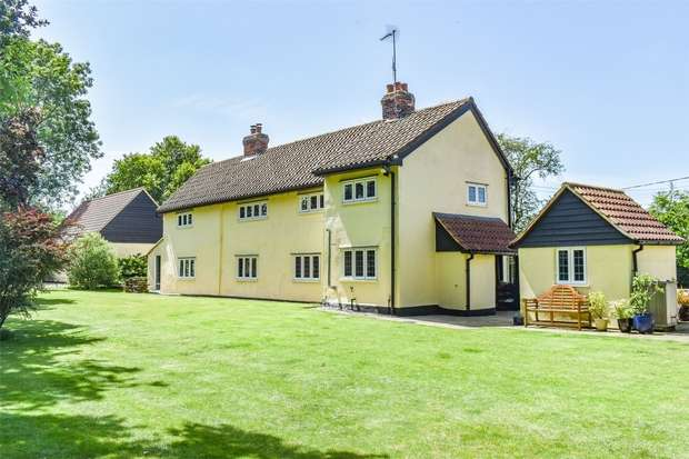 4 Bedrooms Detached House for sale in Great Leighs, Chelmsford, Essex