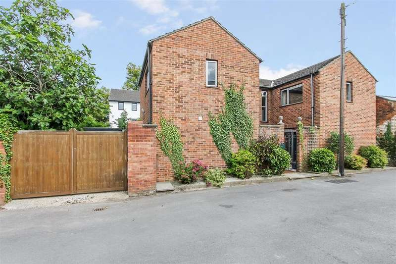 3 Bedrooms Detached House for sale in Malden Road, Pittville, Cheltenham