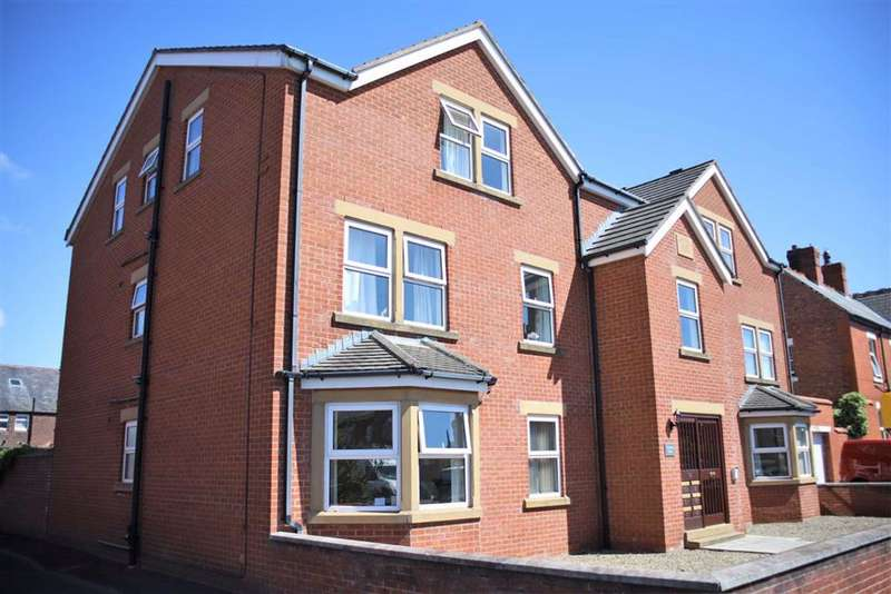 2 Bedrooms Apartment Flat for sale in Patterson Court, Freckleton Street, Lytham