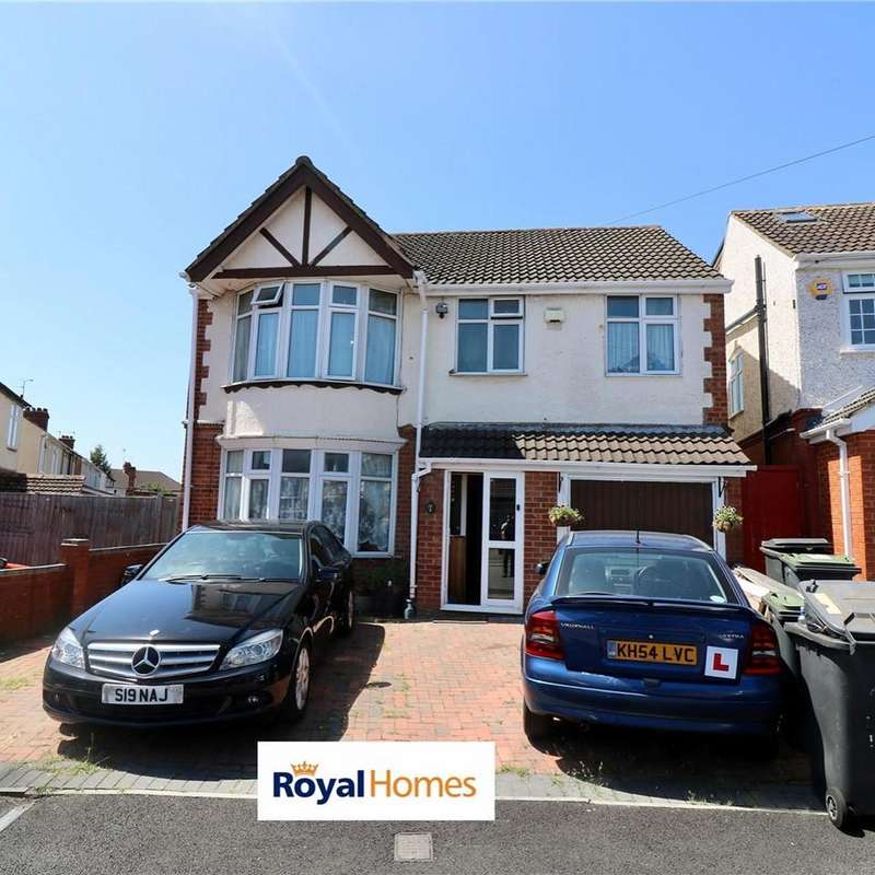 5 Bedrooms Detached House for sale in high mead, luton LU3