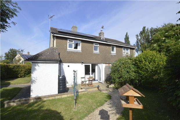 2 Bedrooms Semi Detached House for sale in The Close, Whitminster, Gloucester, GL2 7NU