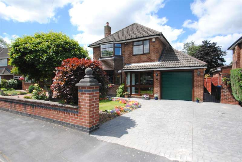 3 Bedrooms Detached House for sale in All Saints Drive, Thelwall, Warrington