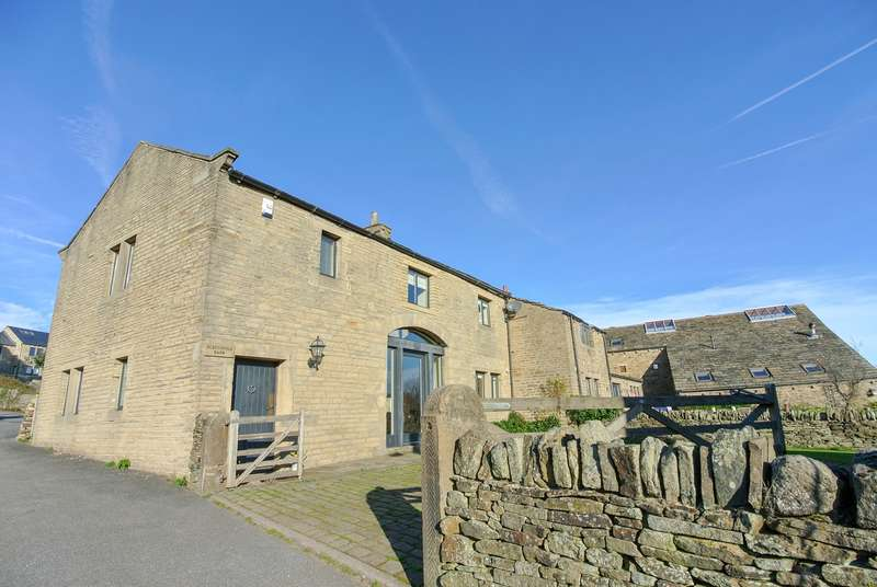 4 Bedrooms Barn Character Property for sale in Hill Lane, Upperthong, Holmfirth, HD9