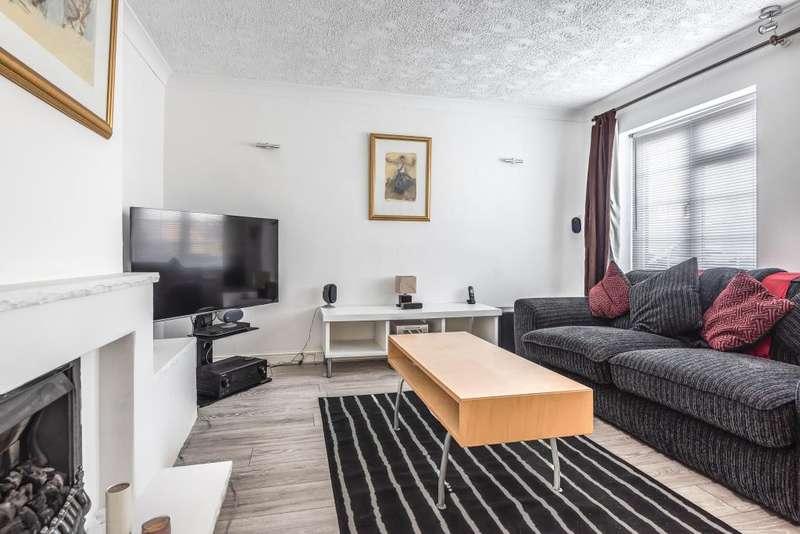 3 Bedrooms House for sale in Cippenham Lane, Slough, Berkshire, SL1