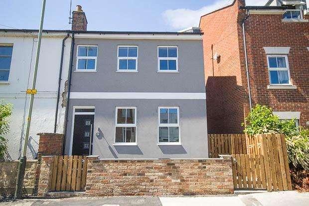 3 Bedrooms End Of Terrace House for sale in Market Street, Cheltenham, GL50 3NH