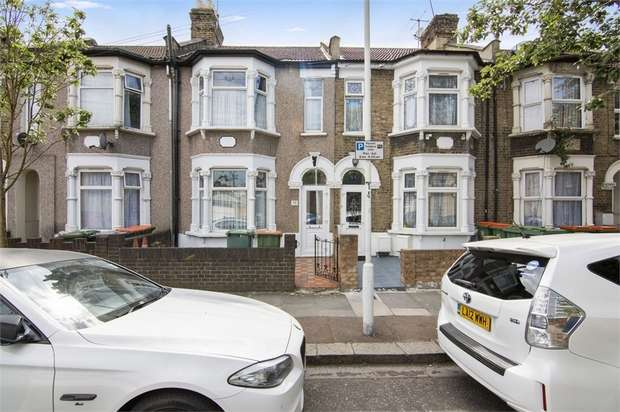 3 Bedrooms Terraced House for sale in Credon Road, Plaistow, London