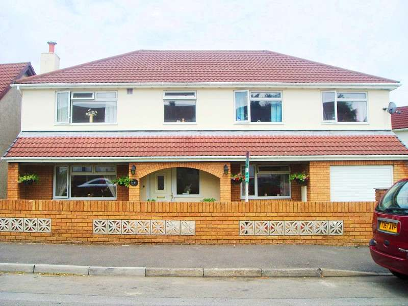 6 Bedrooms Detached House for sale in Darren View, Llangynwyd, Mid Glamorgan. CF34 9SG