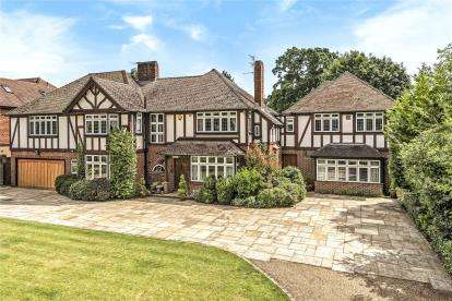6 Bedrooms Detached House for sale in Orpington Road, Chislehurst