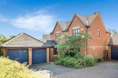 4 Bedrooms Detached House for sale in Bridlington Crescent, Monkston, Milton Keynes