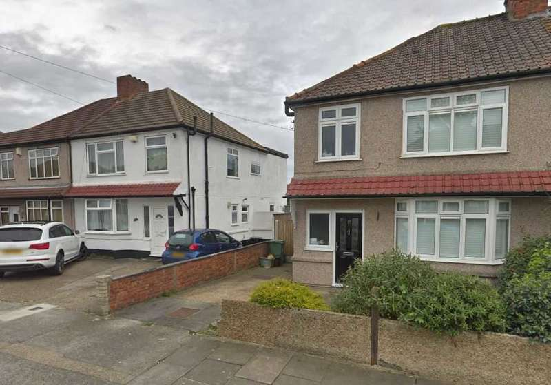 3 Bedrooms House for rent in Springfield Road, Bexleyheath