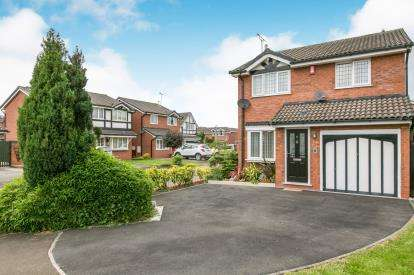 3 Bedrooms Detached House for sale in Harris Close, Leighton, Crewe, Cheshire