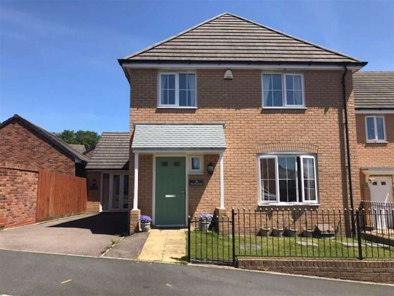 4 Bedrooms Detached House for sale in Golwg Y Coed, Barry
