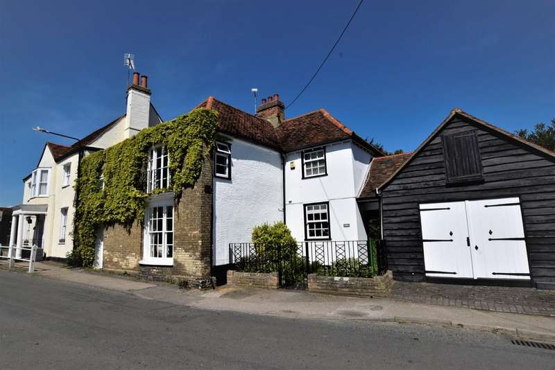 4 Bedrooms Semi Detached House for sale in St. Mary's Square, Kelvedon