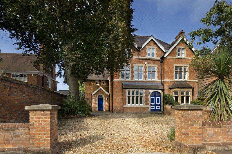 5 Bedrooms Semi Detached House for rent in Banbury Road, Oxford, OX2