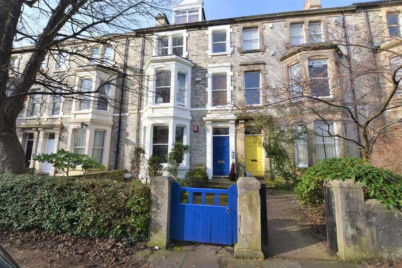 2 Bedrooms Flat for sale in Eslington Terrace, Jesmond, Newcastle Upon Tyne