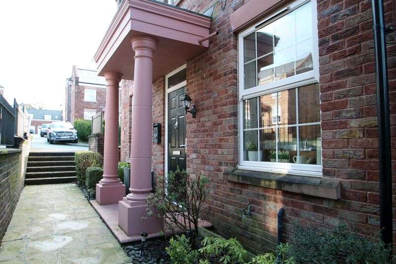 3 Bedrooms Property for sale in Woodland View Godley, Hyde
