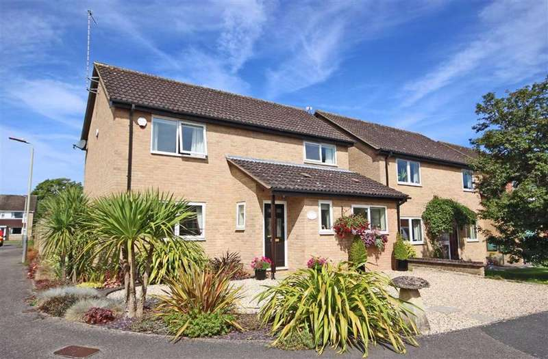 4 Bedrooms Detached House for sale in Southcourt Close, Leckhampton, Cheltenham, GL53