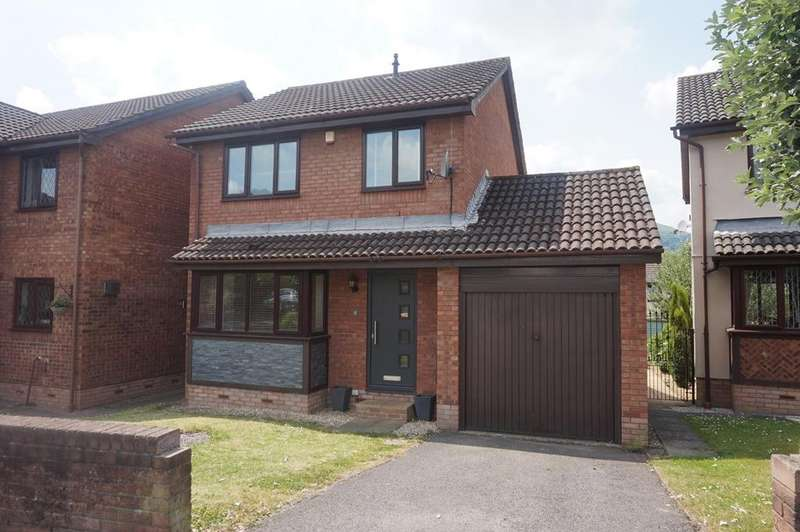 3 Bedrooms Detached House for sale in Llanover Way, Ysbytty Fields, Abergavenny, NP7