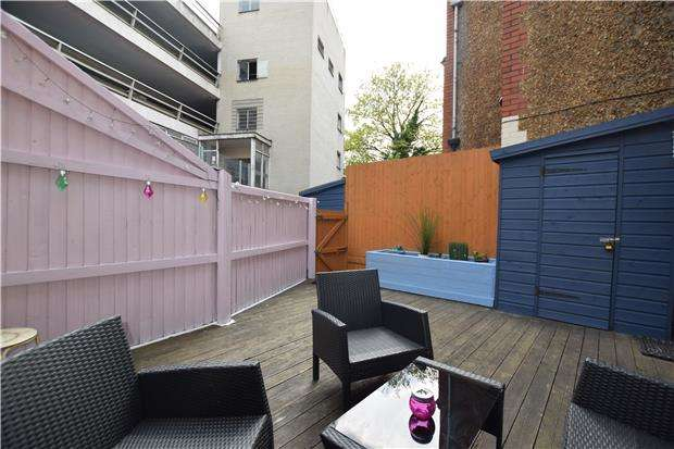 1 Bedroom Flat for sale in The Basement Flat, Park Row, BRISTOL, BS1 5LJ