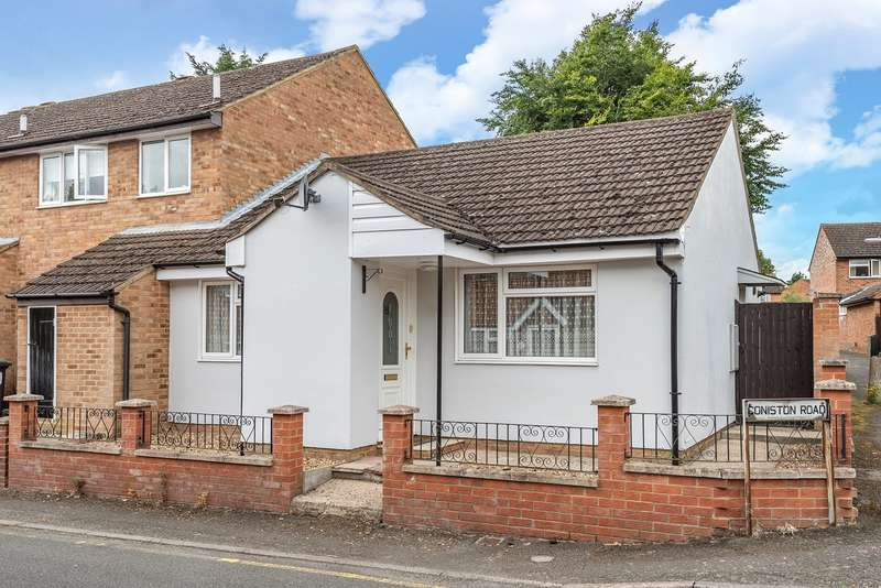 2 Bedrooms Bungalow for sale in Coniston Road, Flitwick, MK45