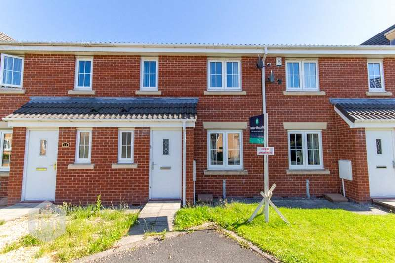 4 Bedrooms House for sale in Kelstern Close, Bolton, Lancashire, BL2