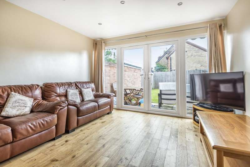 3 Bedrooms House for sale in Stoke Poges, South Buckinghamshire, SL3