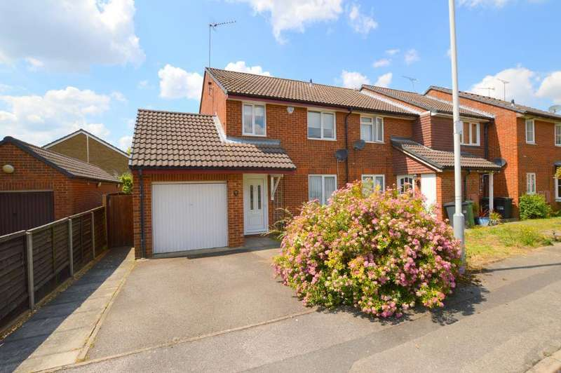 3 Bedrooms End Of Terrace House for sale in Farrow Close, Barton Hills, Luton, Bedfordshire, LU3 4EE