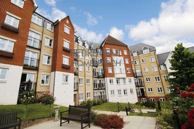 1 Bedroom Property for sale in Salter Court, Colchester, CO3 3FF