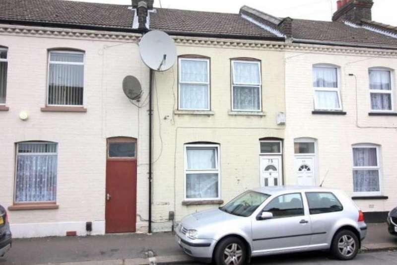 3 Bedrooms Terraced House for sale in Wimborne Road, Luton LU1