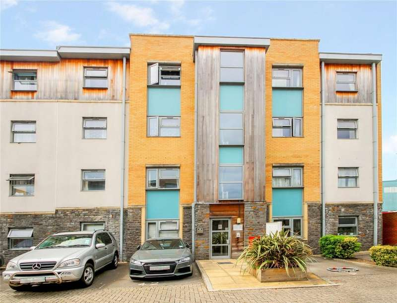 2 Bedrooms Apartment Flat for sale in Talavera Close, BRISTOL, BS2