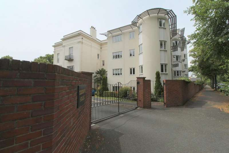 2 Bedrooms Apartment Flat for sale in Queens Road, Lansdown