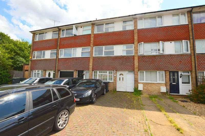4 Bedrooms Terraced House for sale in Swasedale Road, Limbury Mead, Luton, Bedfordshire, LU3 2UD