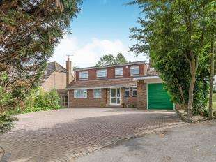 5 Bedrooms Bungalow for sale in Chequers Road, Minster On Sea, Sheerness, Kent