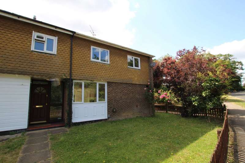 4 Bedrooms End Of Terrace House for sale in Surley Row, Emmer Green, Reading