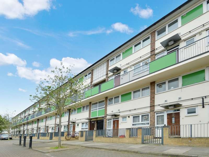 3 Bedrooms Flat for sale in Findhorn Street, Poplar E14