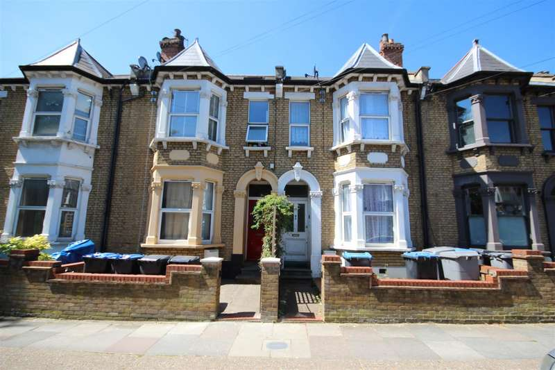 3 Bedrooms Flat for sale in Wendover Road, London