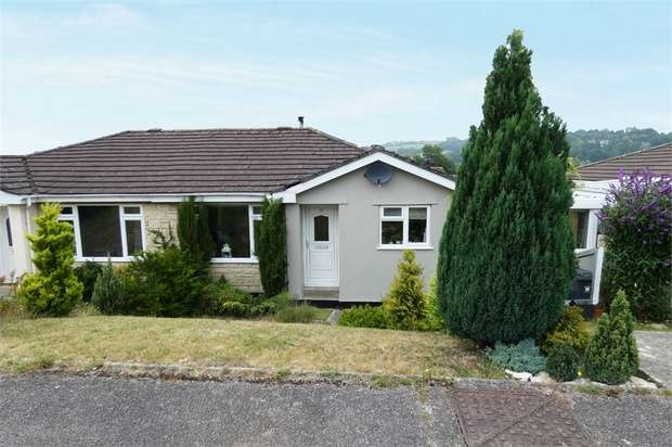 3 Bedrooms Semi Detached House for sale in Willhayes Park, Axminster, Devon