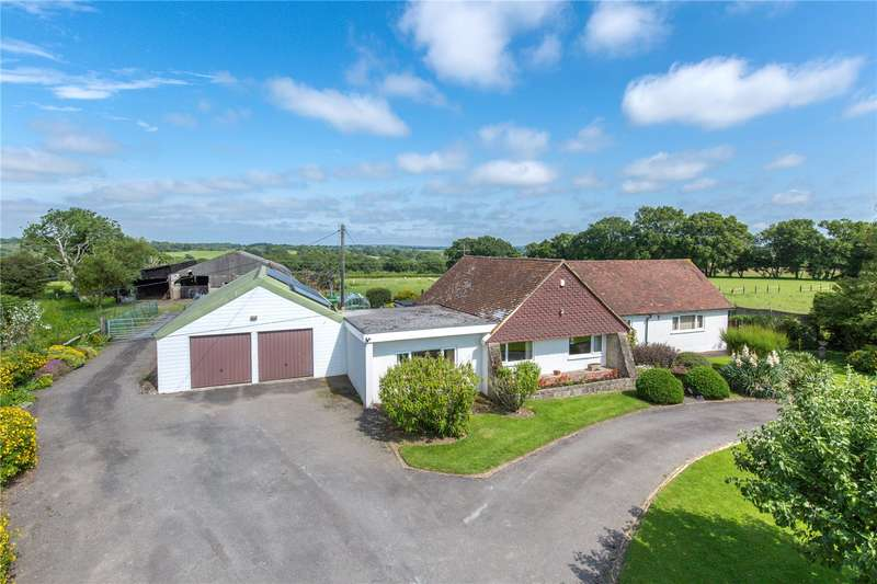 4 Bedrooms Equestrian Facility Character Property for sale in Cowbeech Road, Rushlake Green, Heathfield, East Sussex, TN21