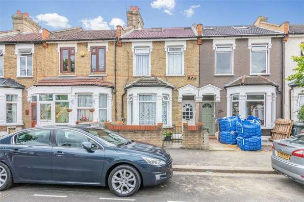 4 Bedrooms Terraced House for sale in Masterman Road, East Ham, London