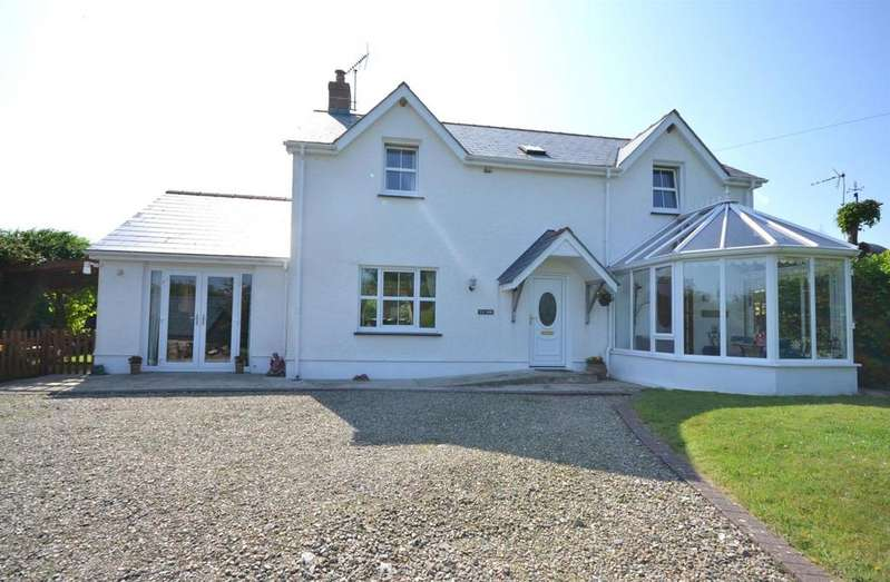 3 Bedrooms Detached House for sale in Bwlchygroes